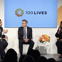 4 George Clooney and Ruben Vardanyan discussed during the 100LIVES event